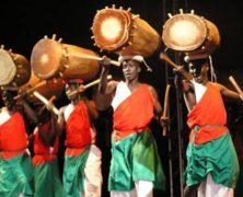 Echo and the Burundi Men, LOL